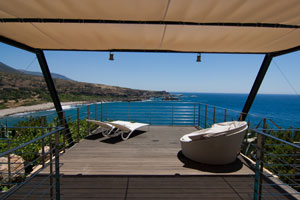 Away from it all - Luxurious Seafront Villa in Crete