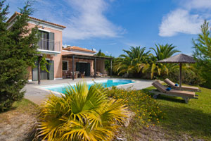 2 Modern Villas just 200 m from the beach in Kefalonia (4 Guests each)