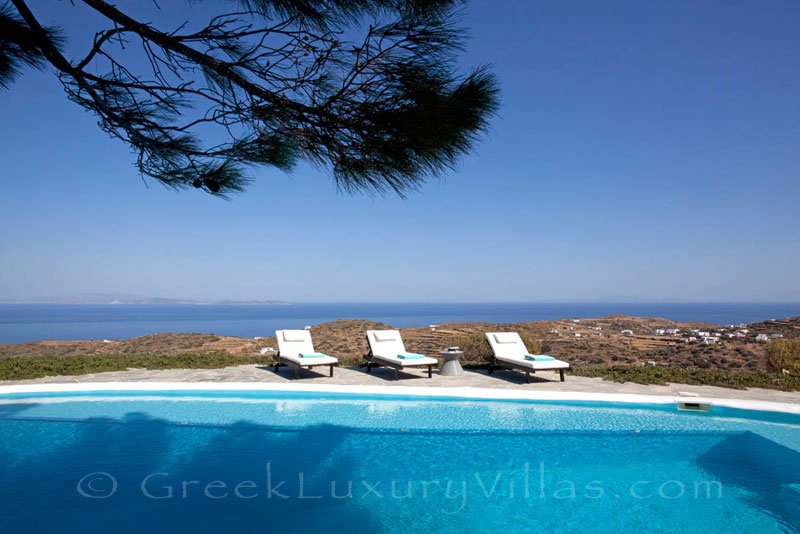 An exquisite traditional villa in Sifnos