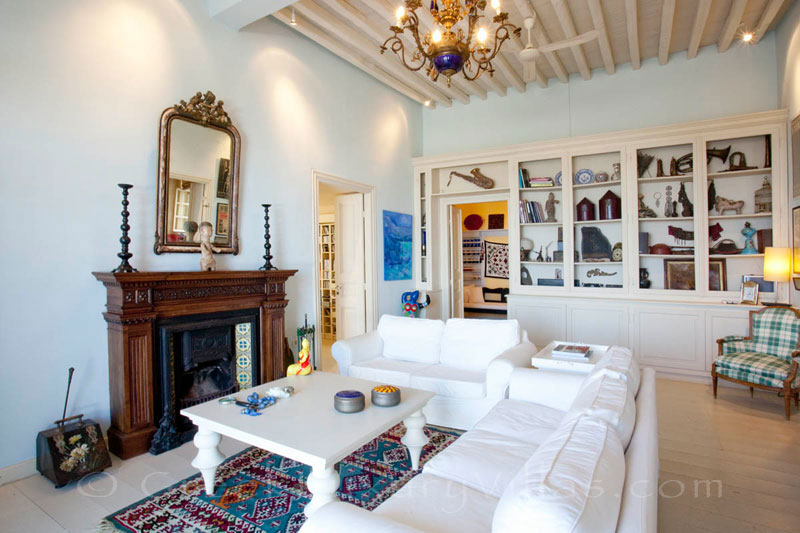 The living-room of an exquisite traditional villa in Sifnos