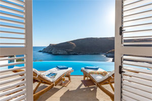 Seafront Luxury Villa with Pool in Syros